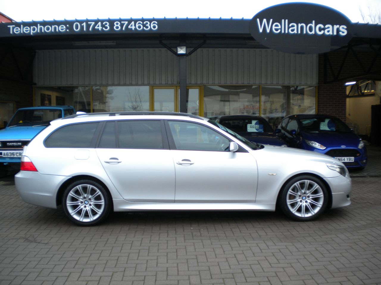 BMW 5 Series 3.0 535d Twin Turbo M Sport 5dr Diesel Auto,F/S/H,1 owner,Pan Roof,Nav #15 MONTH WARRANTY INCLUDED Estate Diesel Silver at Welland Cars Shrewsbury