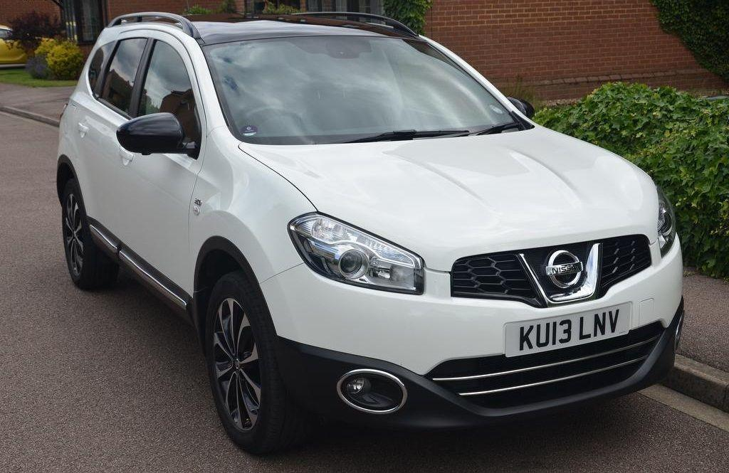 Nissan Qashqai+2 1.6 360 IS PLUS 2 Hatchback Petrol White