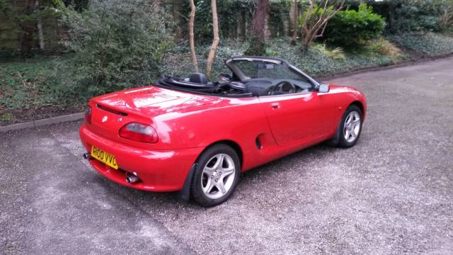 MG MGF 1.8 VVC Convertible Petrol Red