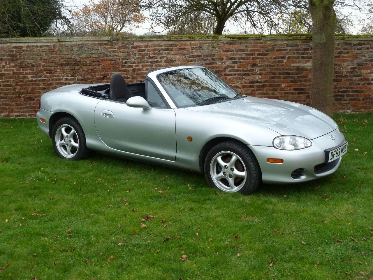 Mazda MX-5 1.6 Superb Value Reliable Sportscar Convertible Petrol Silver