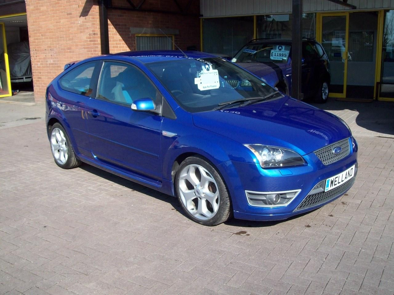 Ford Focus 2.5 ST-2 3dr, F/S/H, Xenons, 18`Alloys, Recaro Seats, A/C #15 MONTH WARRANTY INCLUDED Hatchback Petrol Blue at Welland Cars Shrewsbury
