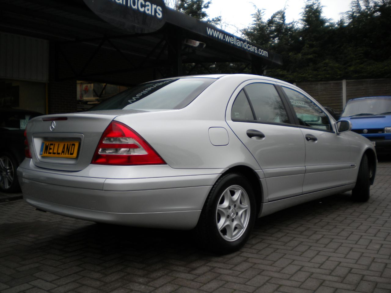 Second hand mercedes benz c class c180 kompressor for Mercedes benz extended warranty prices