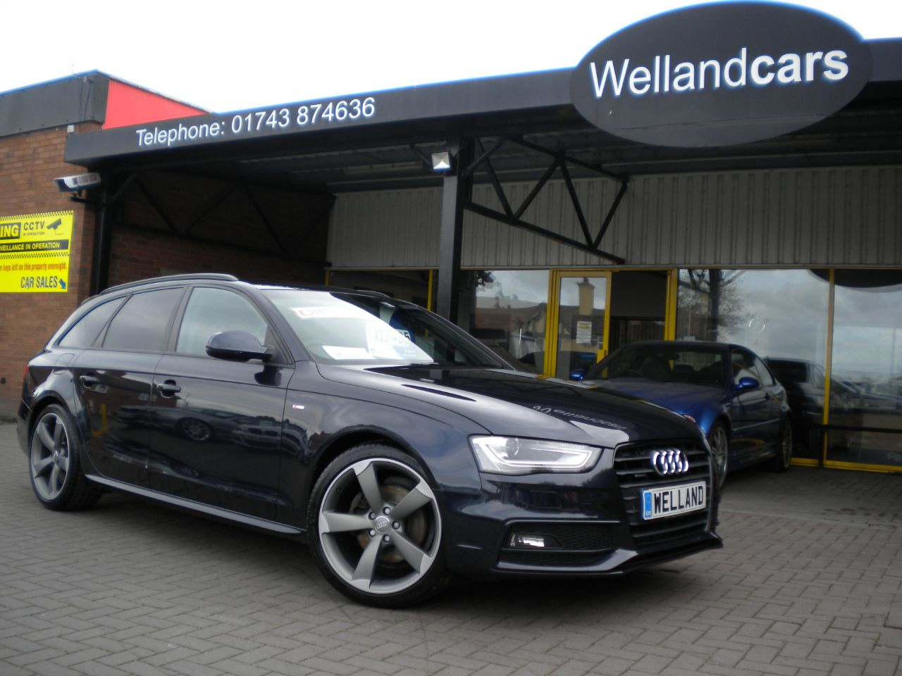 Audi A4 2.0 TDI 177 Quattro S-Line Black Edition 5dr, F/AUDI/S/H,1 Owner, Nav #15 MONTH WARRANTY INCLUDED Estate Diesel Moonlight Blue Metallic at Welland Cars Shrewsbury