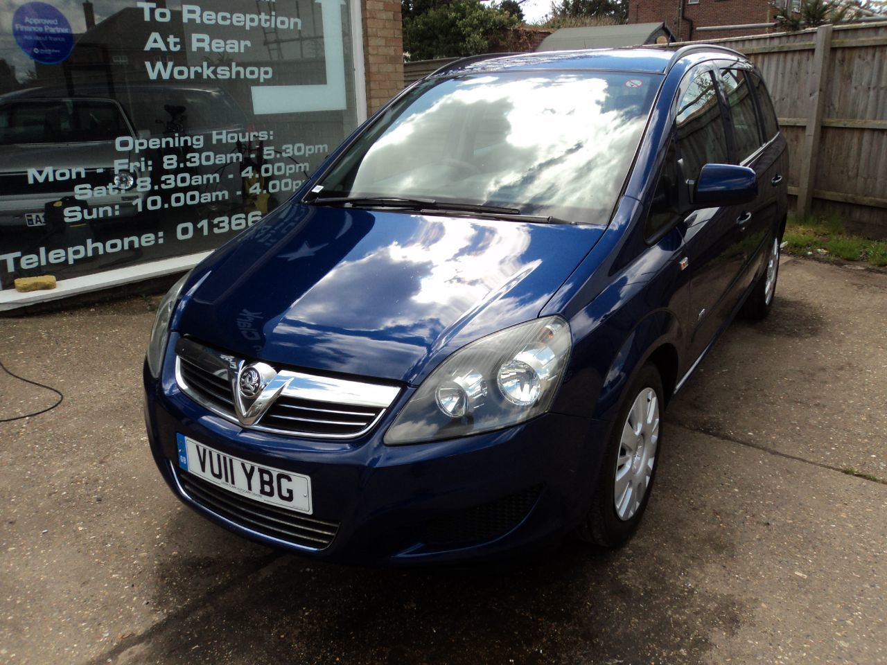 used vauxhall zafira and second hand vauxhall zafira in cambridgeshire. Black Bedroom Furniture Sets. Home Design Ideas