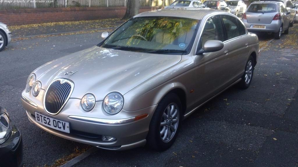 Jaguar S-Type 3.0 V6 SE Saloon Petrol Gold