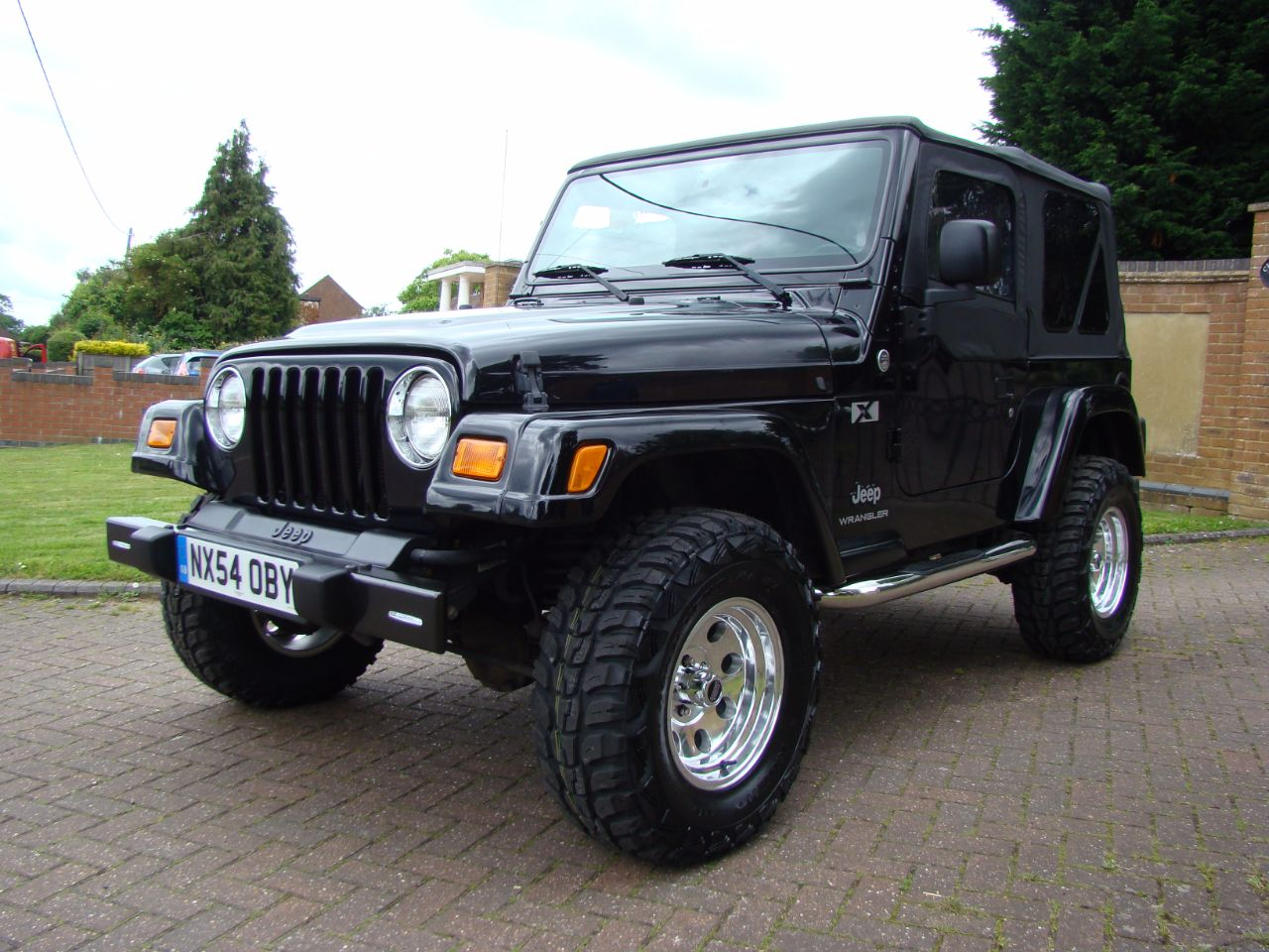 jeep wrangler 40l automatic lhd 2005 for sale in luton. Black Bedroom Furniture Sets. Home Design Ideas