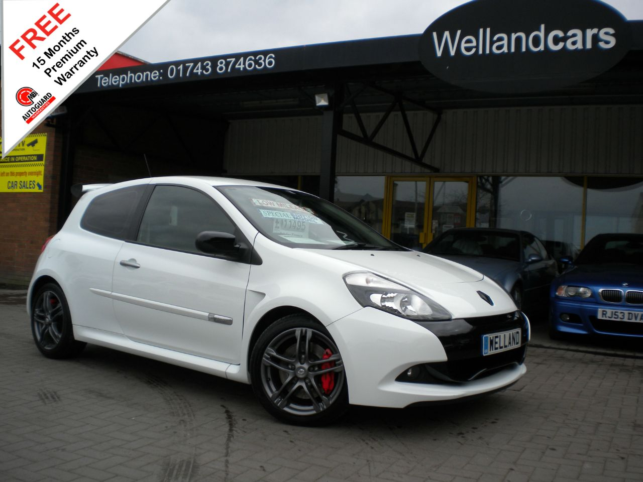 Renault Clio 2.0 16V RS 200 3dr,Only 20K Miles,F/S/H,Extreme Pack,Brembo Brakes #15 MONTH WARRANTY INCLUDED Hatchback Petrol Glacier White at Welland Cars Shrewsbury