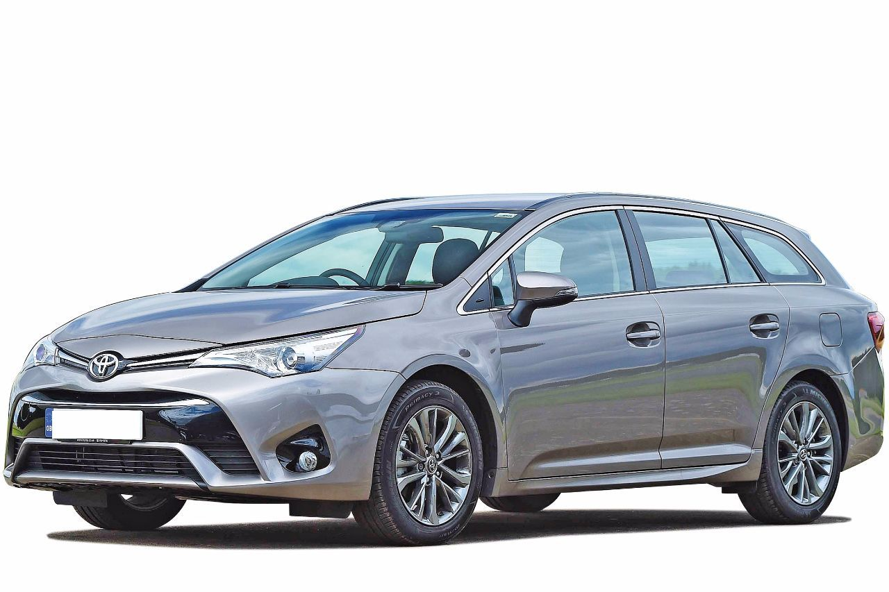 Toyota Avensis 2.0 D4D Sport Business Edition Estate 140ps 2016/16 plate Estate Diesel Colour Choice