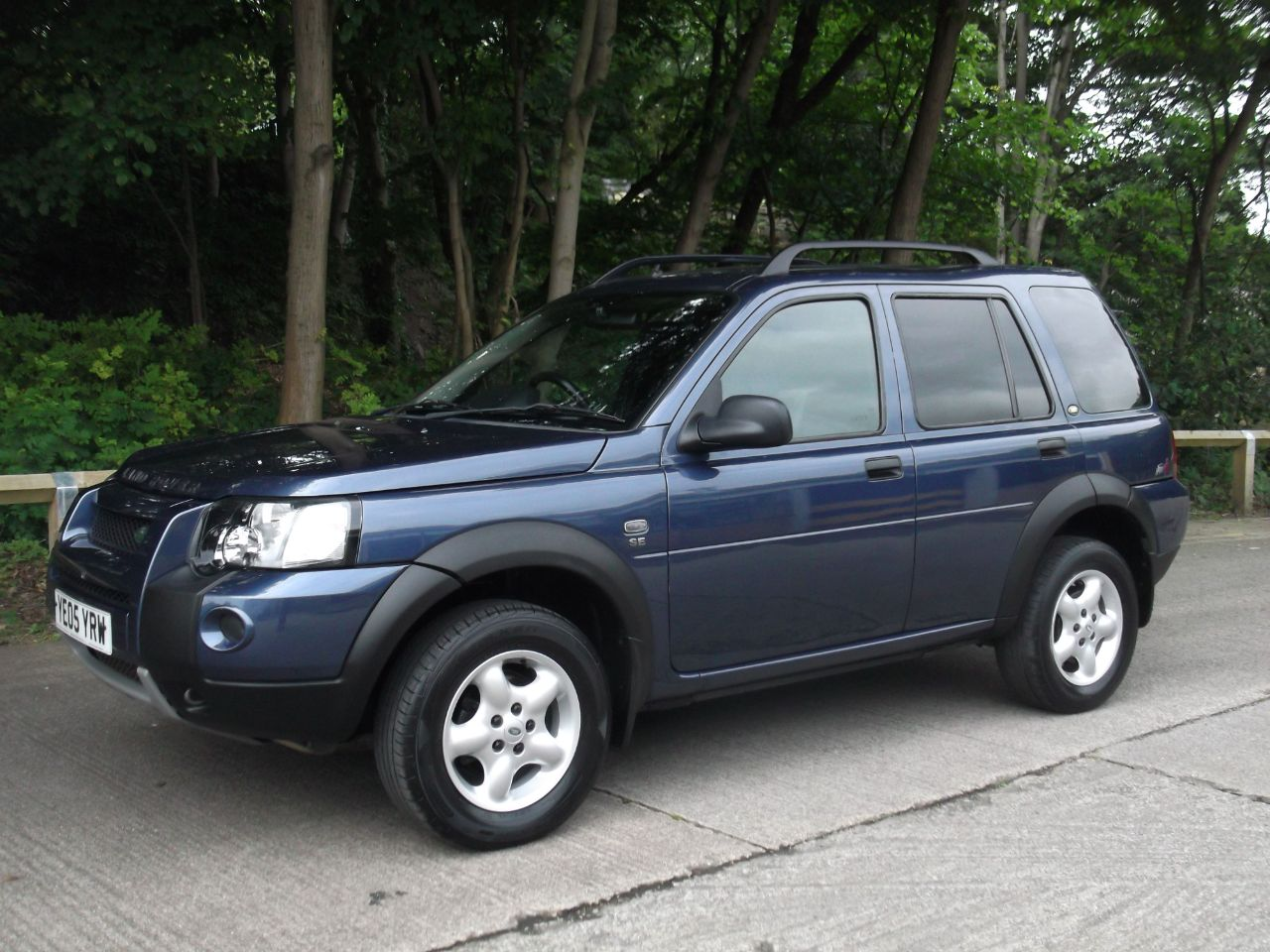 second hand land rover freelander 2 0 td4 se station wagon. Black Bedroom Furniture Sets. Home Design Ideas