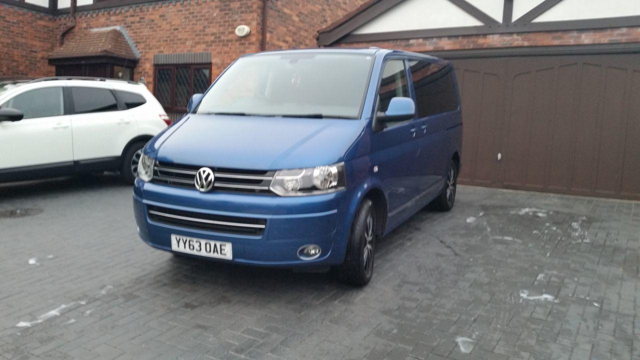 Volkswagen Caravelle 2.0 EXECUTIVE TDI BLUEMOTION TECHNOLOGY MPV DIESEL BLUE
