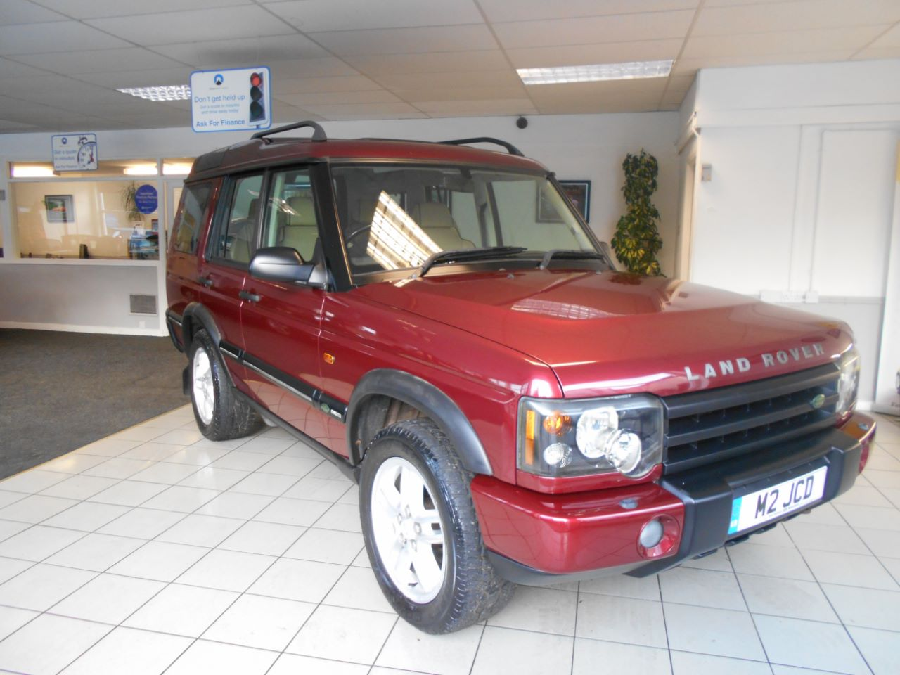 used land rover discovery 2 5 td5 landmark 7 seat 5dr for sale in leeds west yorkshire acm ripley. Black Bedroom Furniture Sets. Home Design Ideas