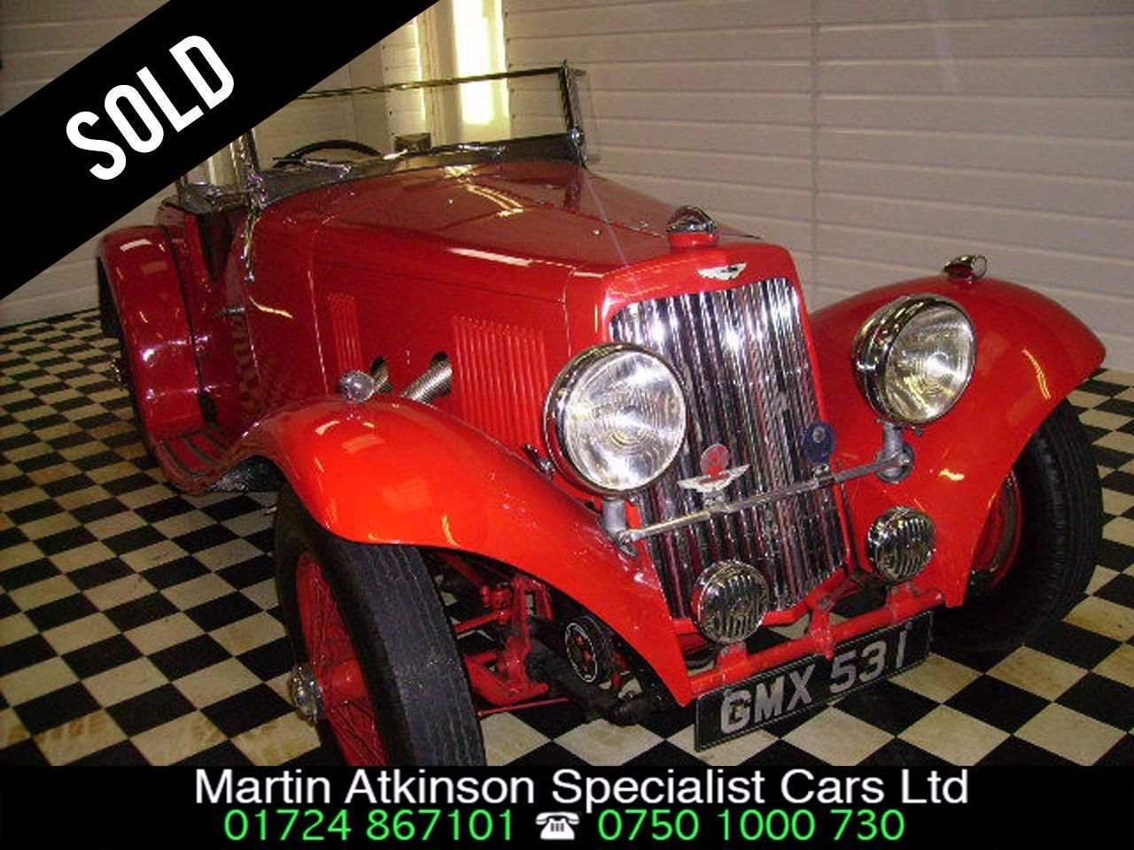 Aston Martin V8 0.0 15/98 ROADSTER Saloon Petrol Red