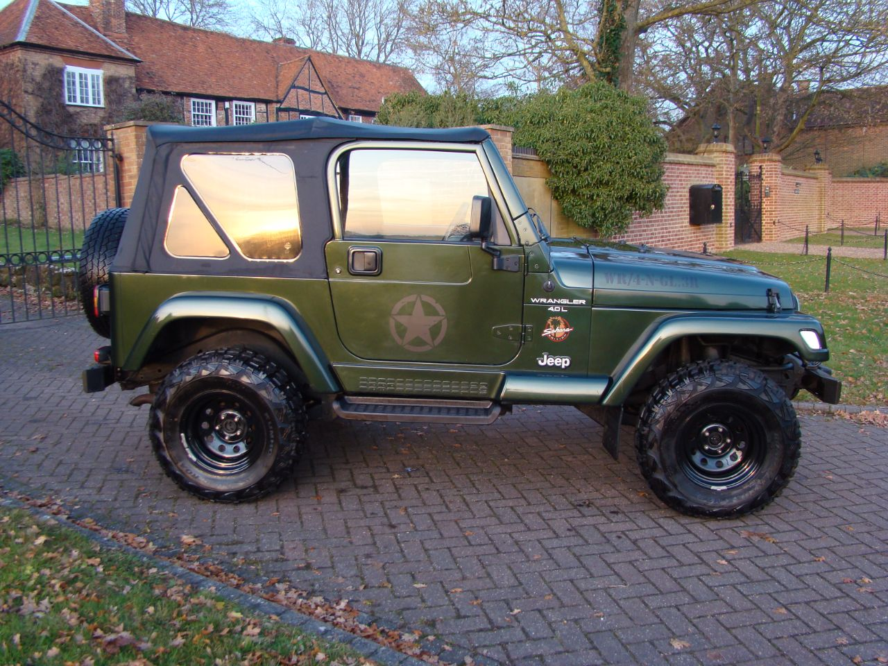 jeep wrangler 40 sahara for sale in luton bedfordshire claridges cars. Black Bedroom Furniture Sets. Home Design Ideas