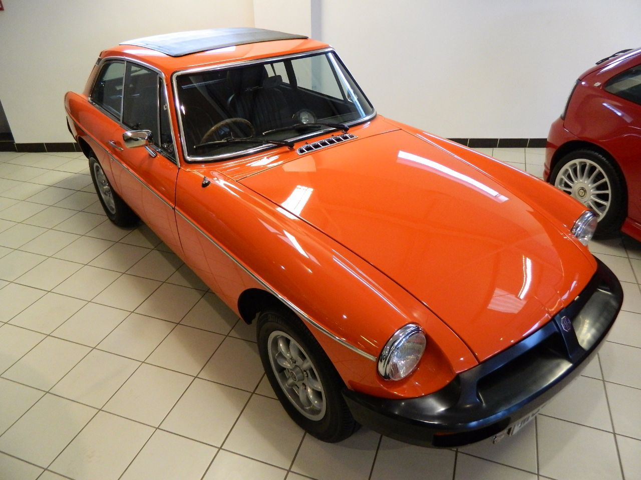 MG MGB 1.8 B GT Sports Petrol Red