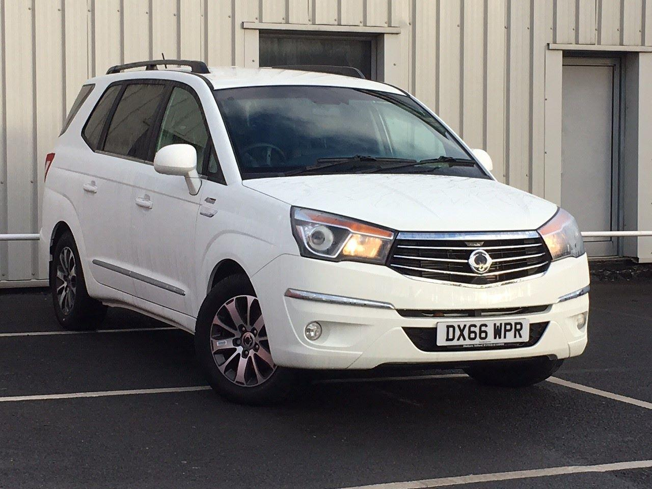 SsangYong Turismo 2.2 ELX 5dr Tip Auto 4WD MPV Diesel White
