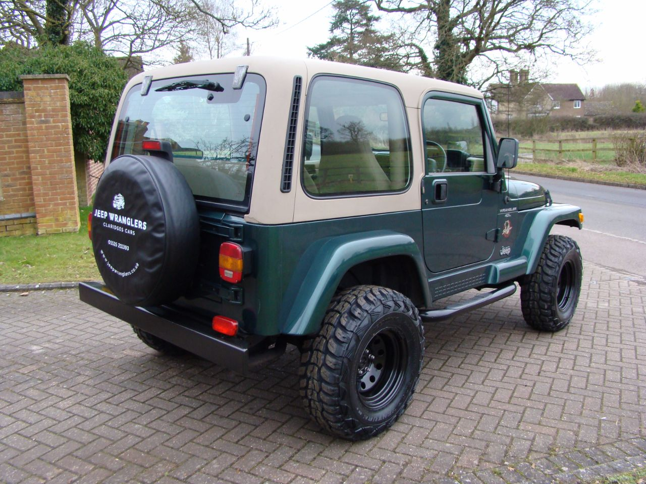 jeep wrangler 40 sahara 2dr auto for sale in leighton. Black Bedroom Furniture Sets. Home Design Ideas