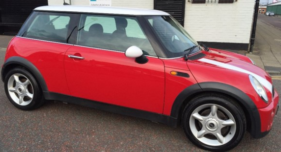 Mini Hatchback 1.6 One 3dr Hatchback Petrol Red at Ken Wallace Northallerton