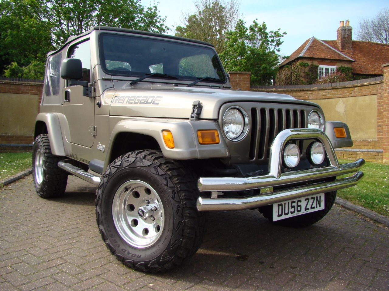 jeep wrangler 40 renegade 2dr for sale in leighton buzzard. Black Bedroom Furniture Sets. Home Design Ideas