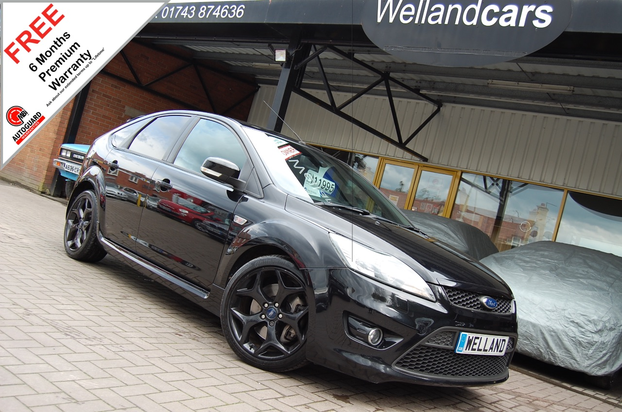 Ford Focus Ford Focus 2.5 ST-3 One Owner,Full Ford Service History,Recaro Leather # 6 MONTH WARRANTY INCLUDED Hatchback Petrol Metallic Sapphire Black at Welland Cars Shrewsbury