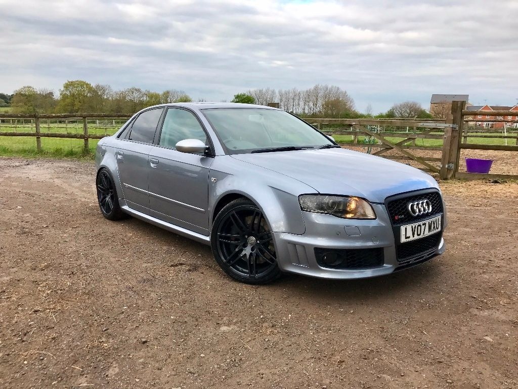 Audi RS4 4.2 RS 4 Quattro 4dr Saloon Petrol Silver