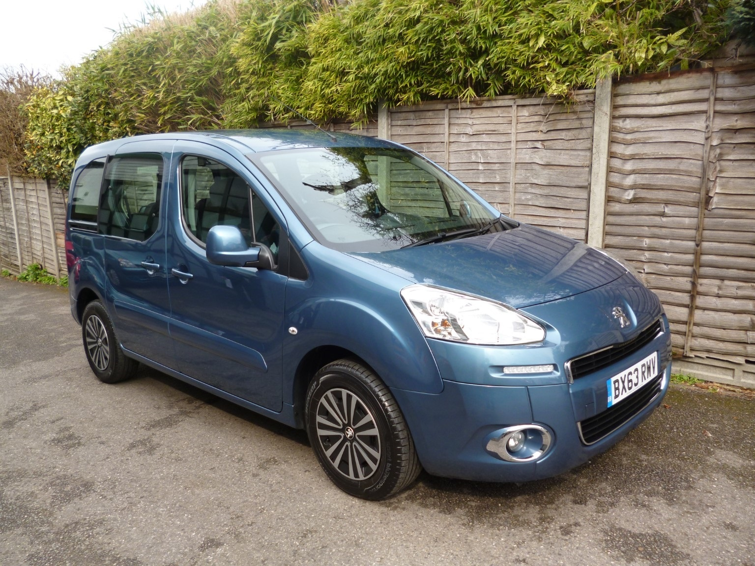 Peugeot Partner Tepee 1.6 E-HDi Tepee S ONE OWNER FROM NEW MPV Diesel Blue
