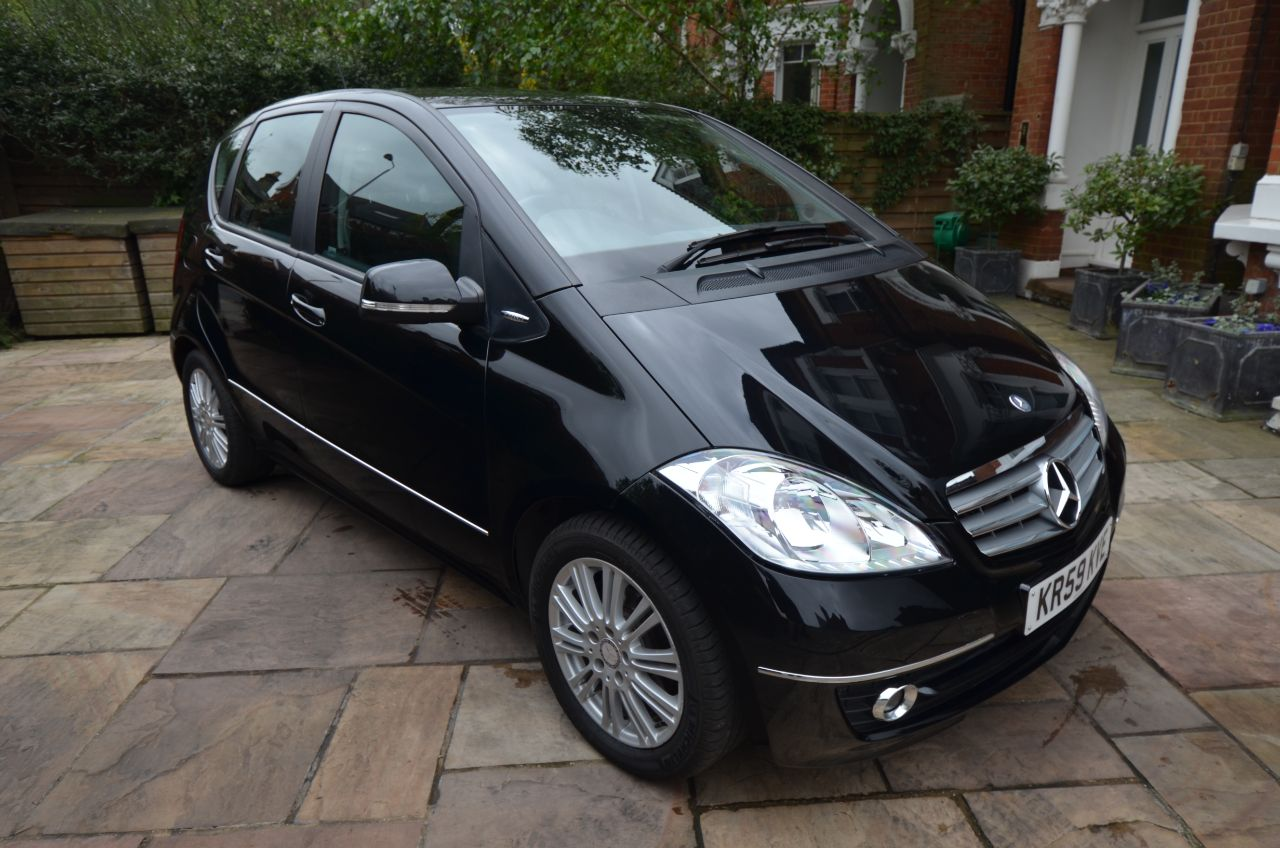 Used mercedes benz cars london second hand cars london for Mercedes benz second hand cars