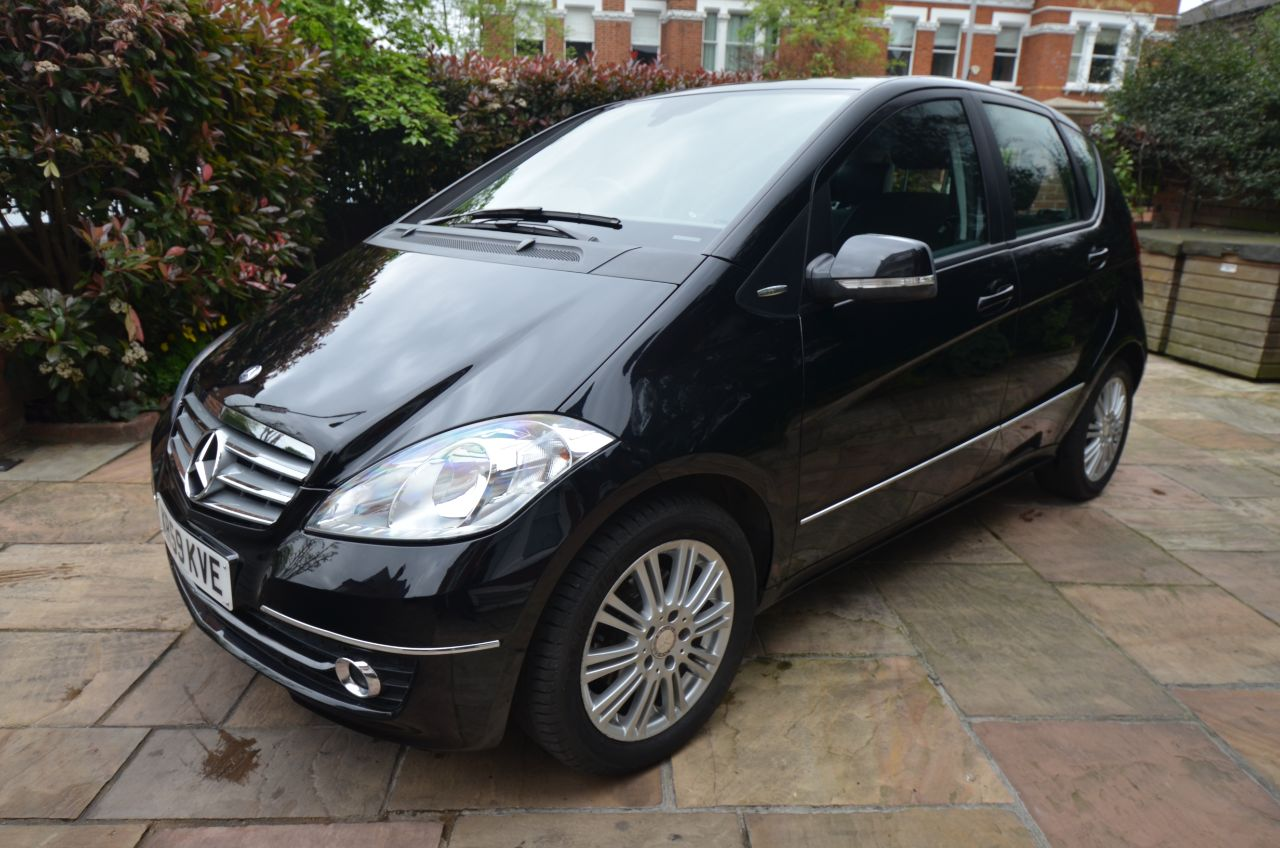 second hand mercedes benz a class a180 cdi elegance se 5dr cvt auto for sale in london london. Black Bedroom Furniture Sets. Home Design Ideas