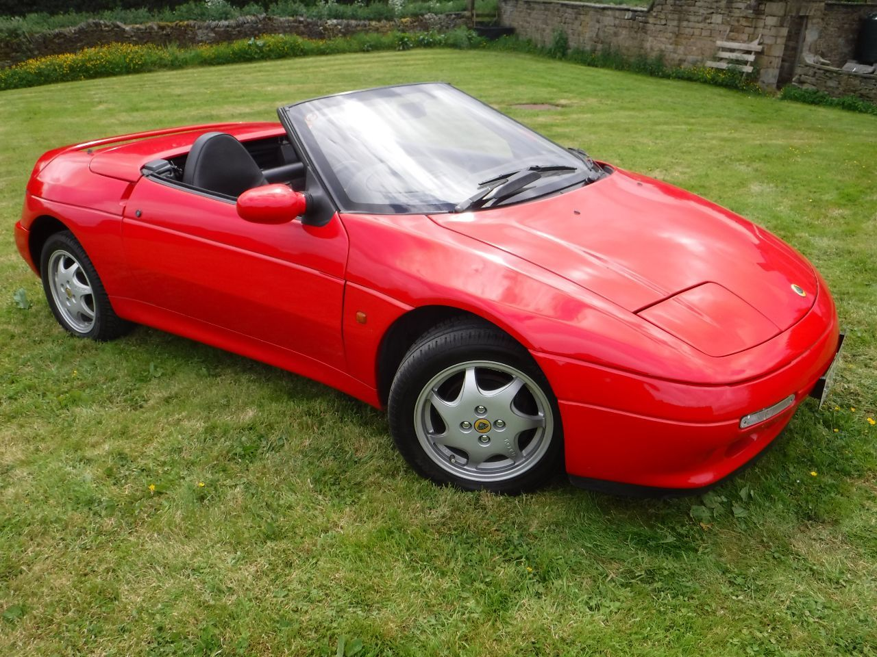 Lotus Elan 1.6 SE TURBO Convertible Petrol Calypso Red