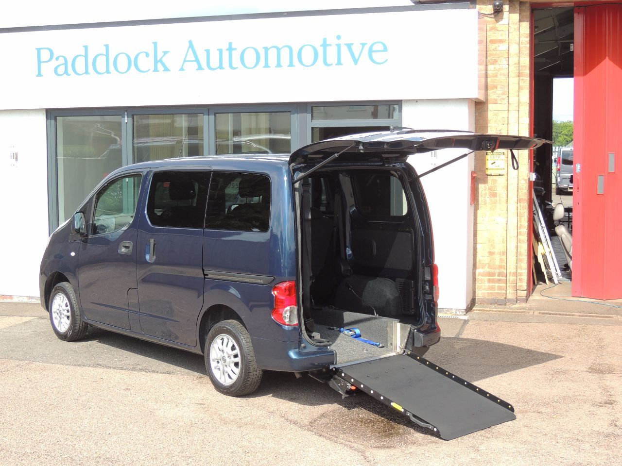 Nissan NV200 1.5 dCi SE Disabled Wheelchair Adapted Vehicle WAV Wheelchair Adapted Diesel Blue Mica