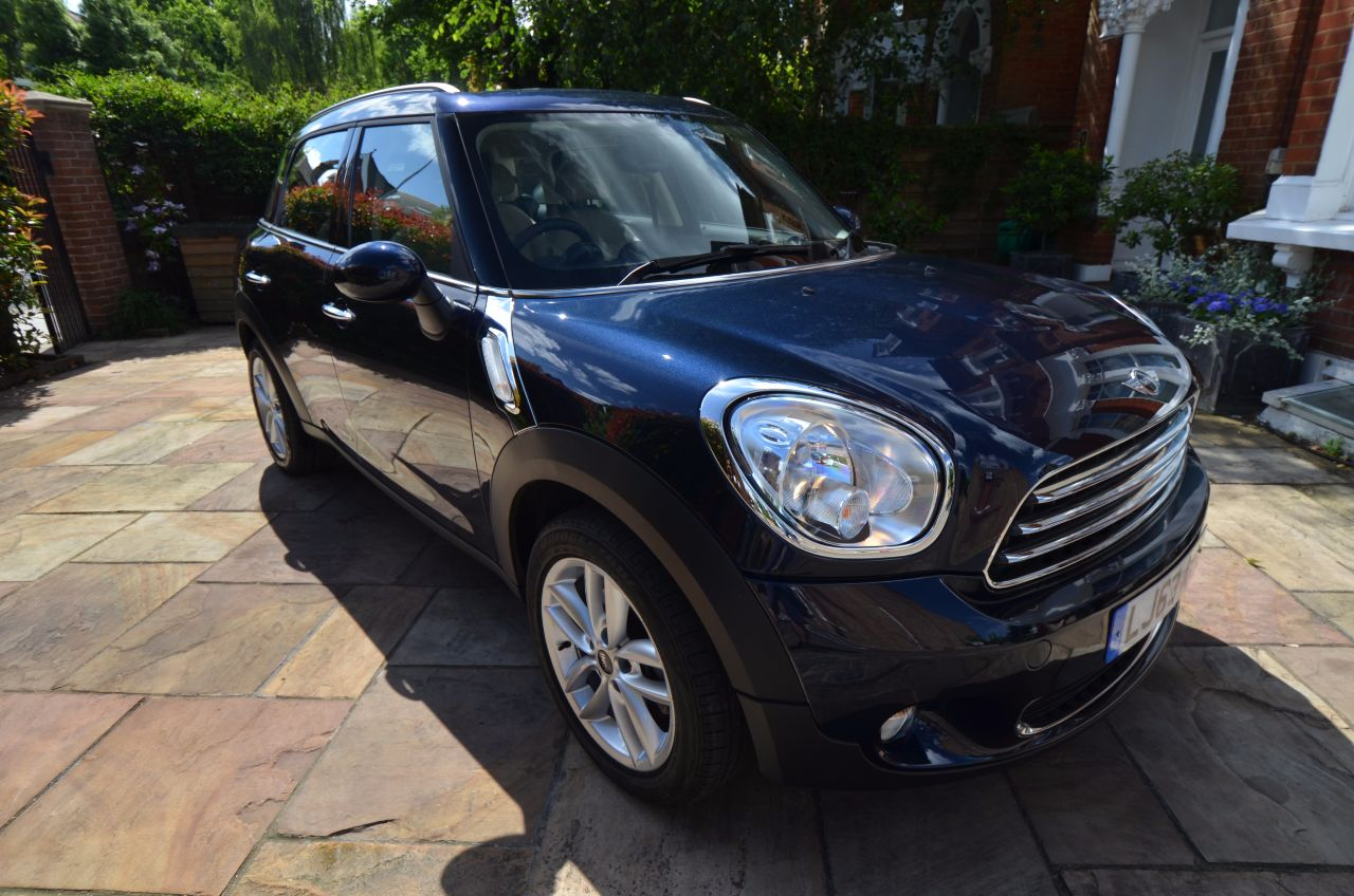 Mini Countryman 1.6 Cooper 5dr Auto Hatchback Petrol Blue