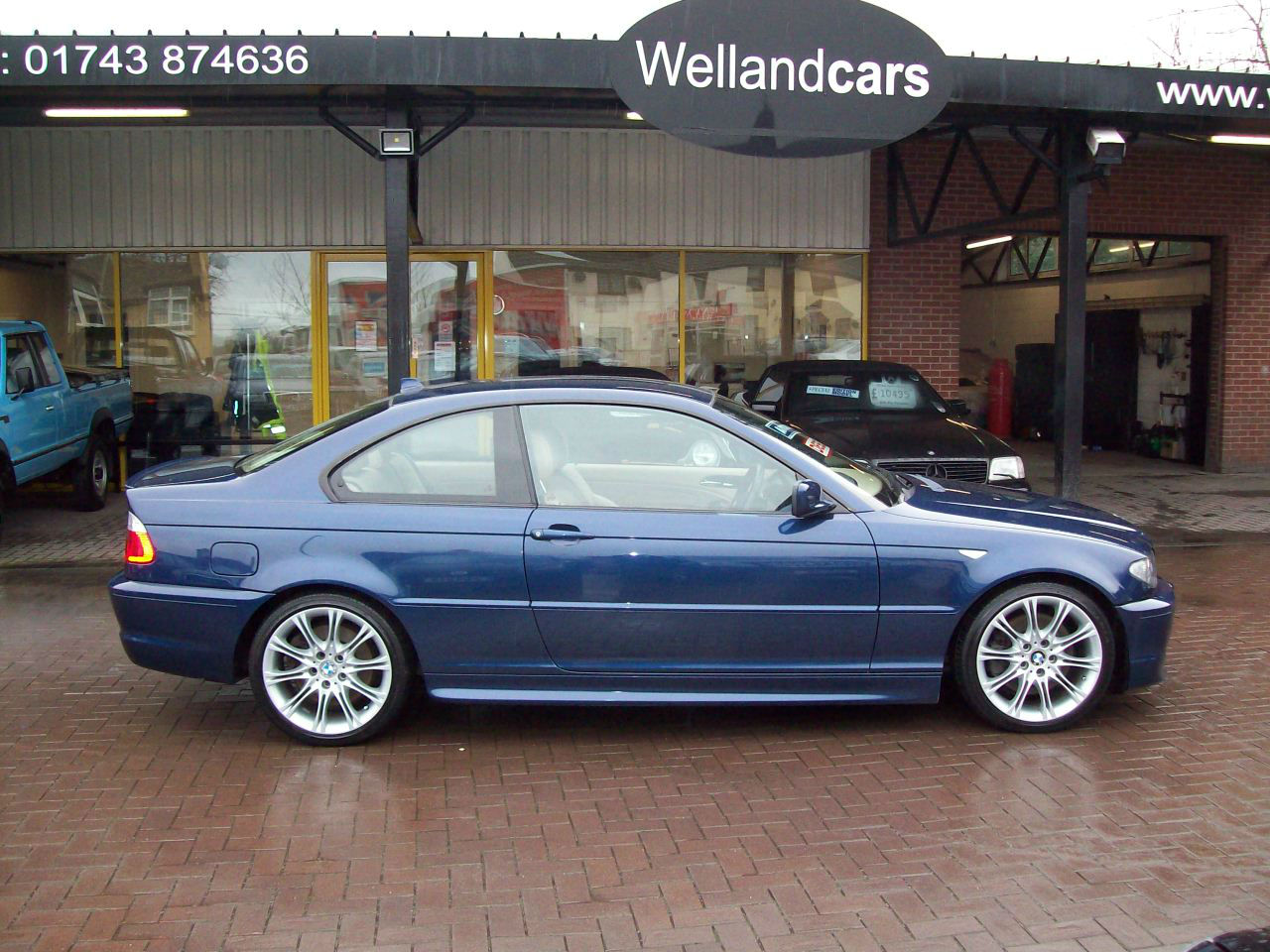 BMW 3 Series 3.0 330 Cd Sport 2dr Coupe Step Auto, Huge Spec, Navigation, Leather,1 Owner, F/S/H Coupe Diesel Blue at Welland Cars Shrewsbury