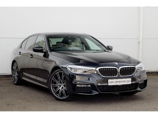 BMW 5 Series 3.0 540i M Sport xDrive Saloon Petrol Black Sapphire Metallic