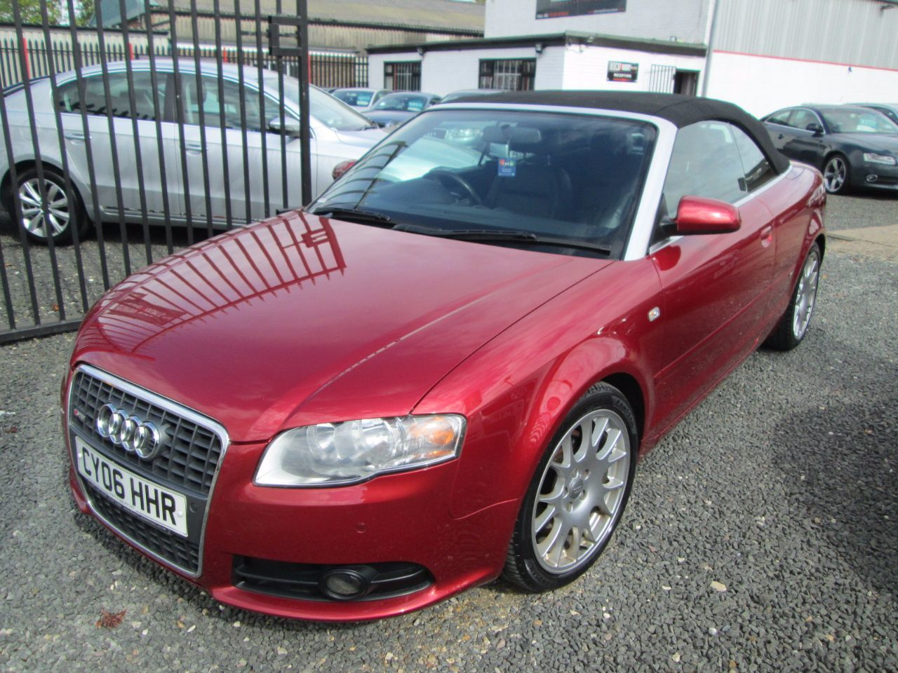Audi A4 3.0 TDi QUATTRO S LINE 2dr TIP AUTO + SATNAV + LEATHER + FULL SERVICE HISTORY + CHEAP TAX Convertible Diesel Red
