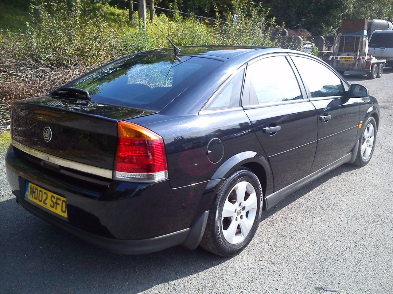 Vauxhall Vectra 1.8 CLUB 16V Hatchback Petrol Black