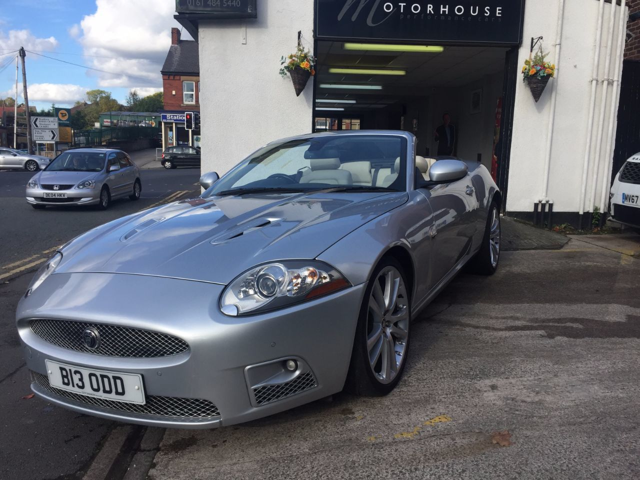 used jaguar xkr cars second hand jaguar xkr. Black Bedroom Furniture Sets. Home Design Ideas