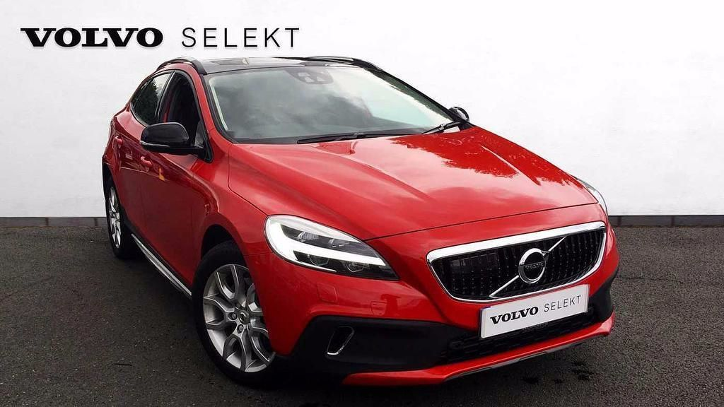 used volvo v40 cross country cars second hand volvo v40 cross country. Black Bedroom Furniture Sets. Home Design Ideas