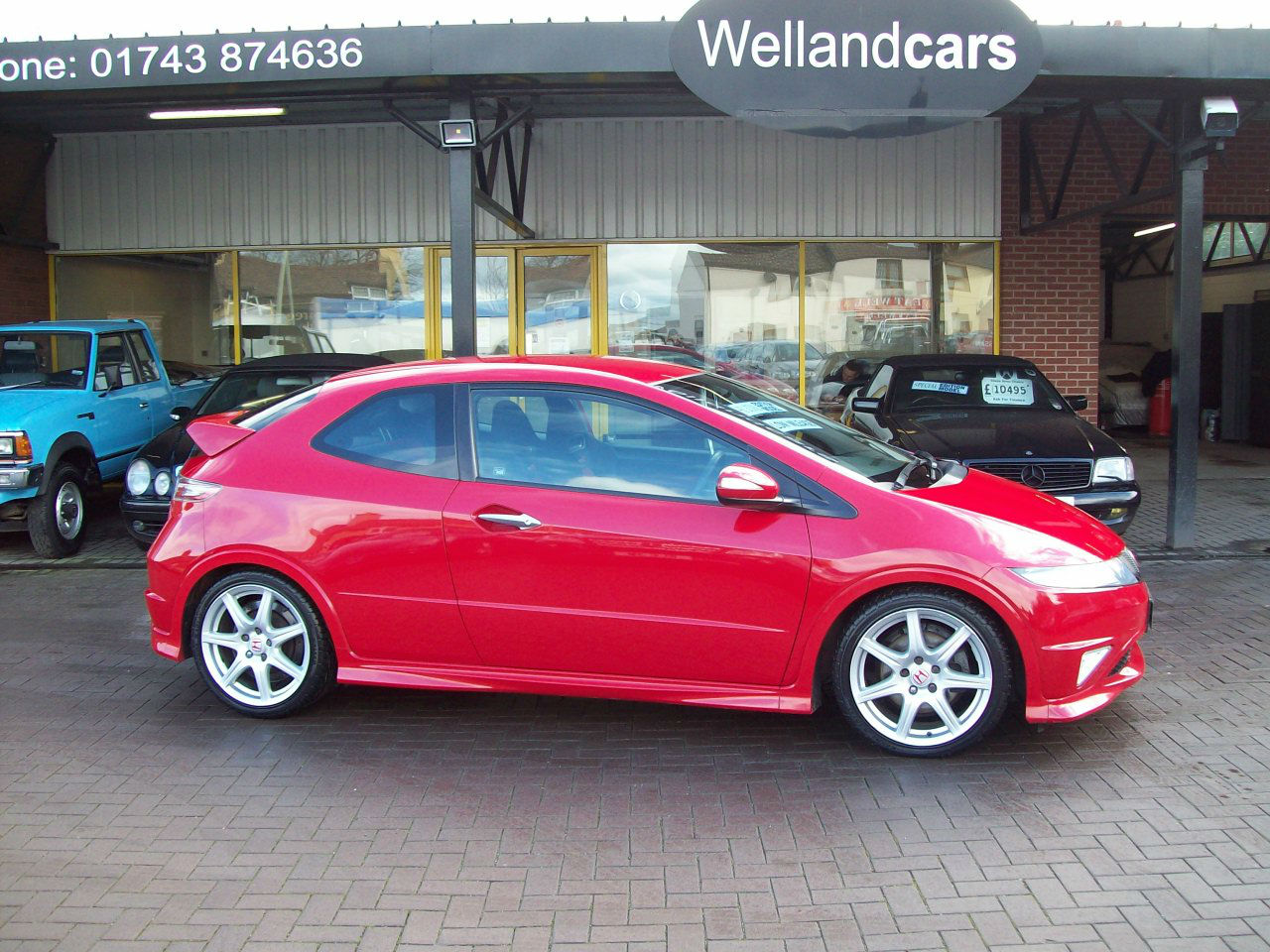 Honda Civic 2.0 i-VTEC Type R GT 3dr, 18 Alloy Wheels, F/S/H Hatchback Petrol Red at Welland Cars Shrewsbury