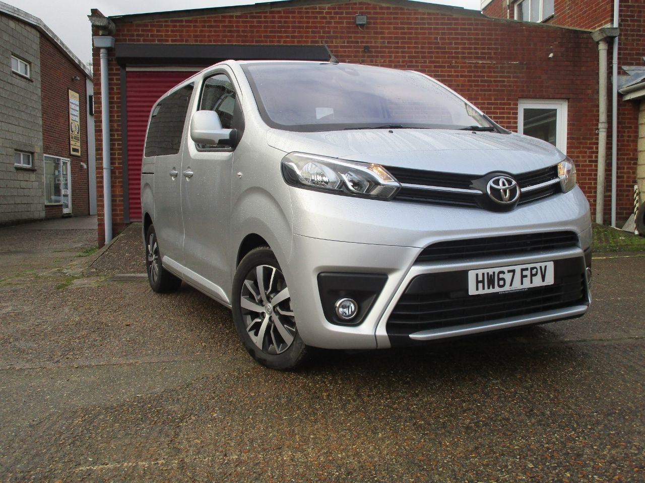Toyota Proace-verso 2.0D 180 Family Compact 5dr Auto MPV Diesel Silver