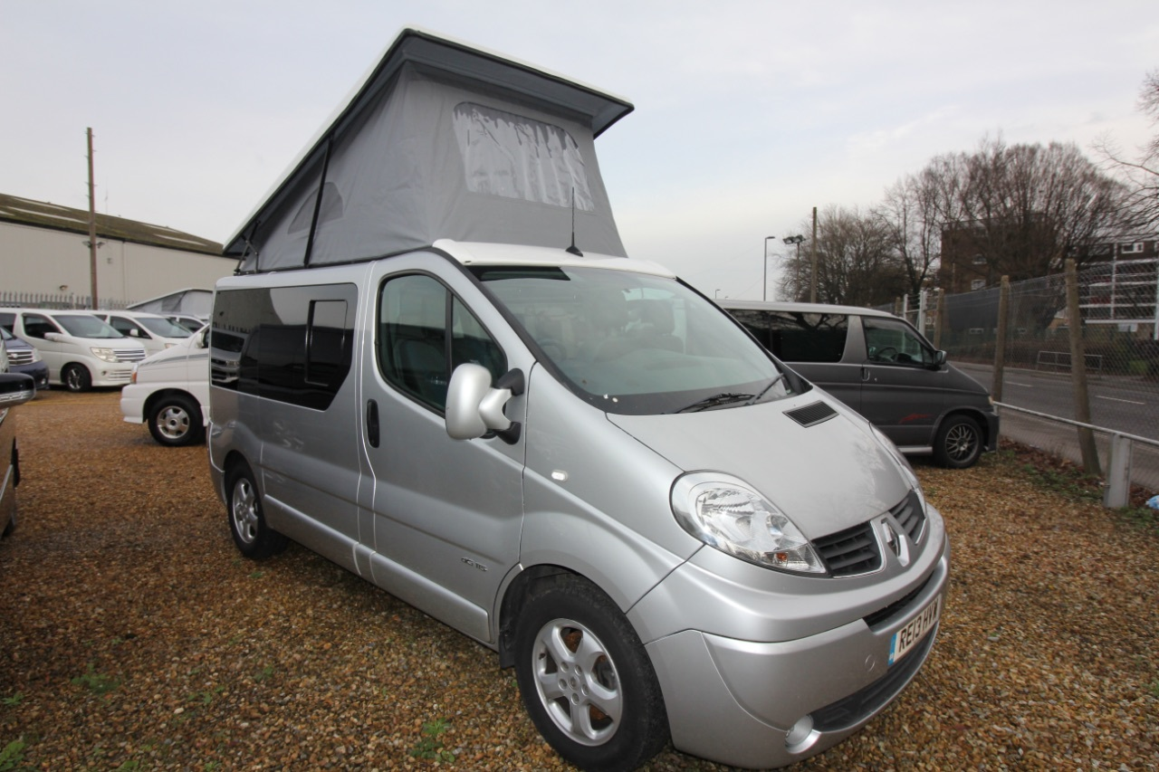 used renault trafic vans second hand renault trafic. Black Bedroom Furniture Sets. Home Design Ideas