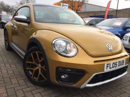 Volkswagen Beetle 1.2 DUNE TSI BLUEMOTION TECHNOLOGY Hatchback Petrol yellow