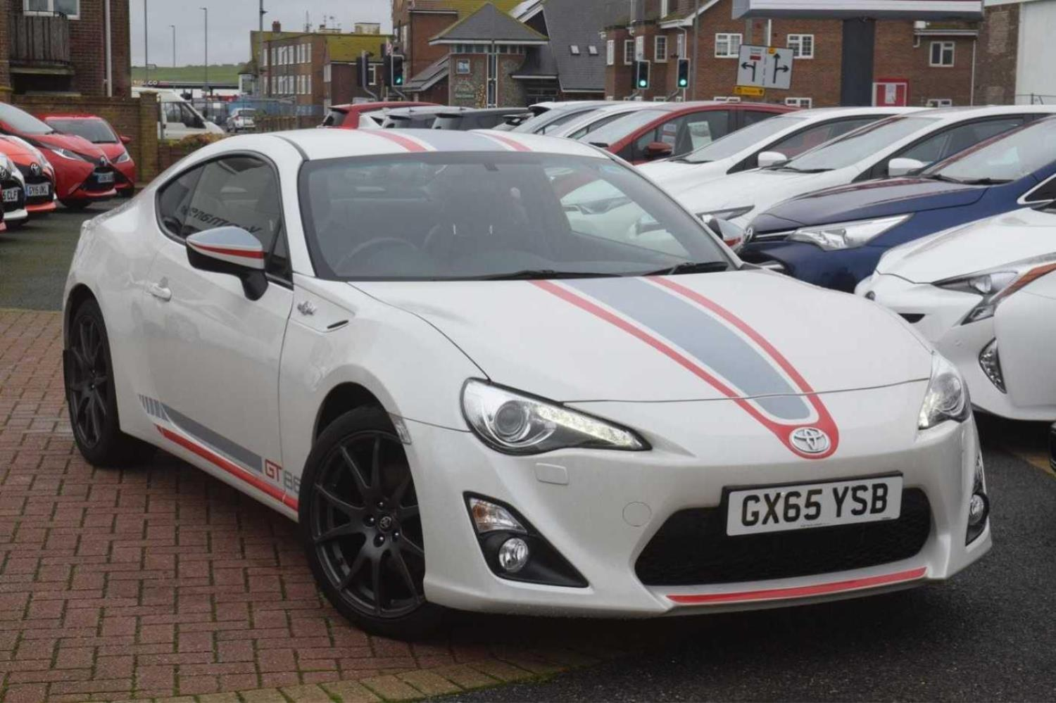 Toyota Gt86 2.0 Blanco Coupe Petrol white