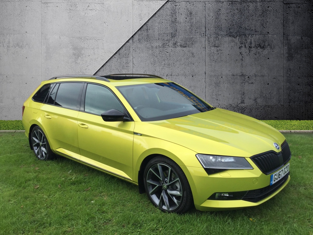 Skoda Superb 2.0 SPORTLINE TDI DSG Estate Diesel green