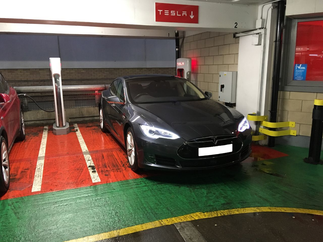 Tesla Model S 70 Saloon Electric Metallic Grey