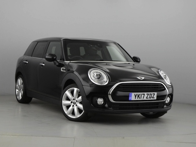 Mini Cooper 1.5 Clubman Petrol Midnight Black