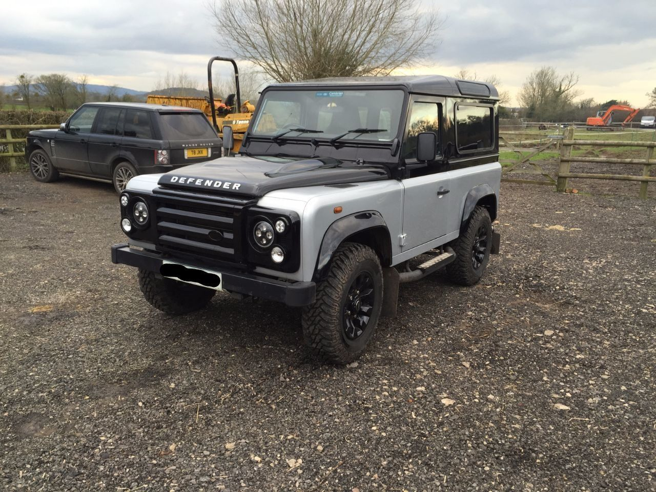 Land Rover Defender Autobiography TDCi [2.2] Four Wheel Drive Diesel Silver