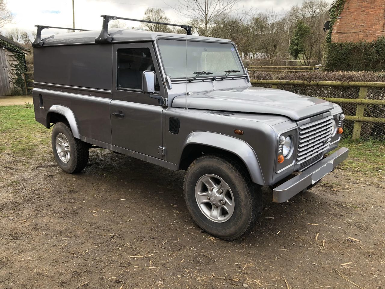 Land Rover Defender 2.4 110 Hard Top Four Wheel Drive Diesel Silver