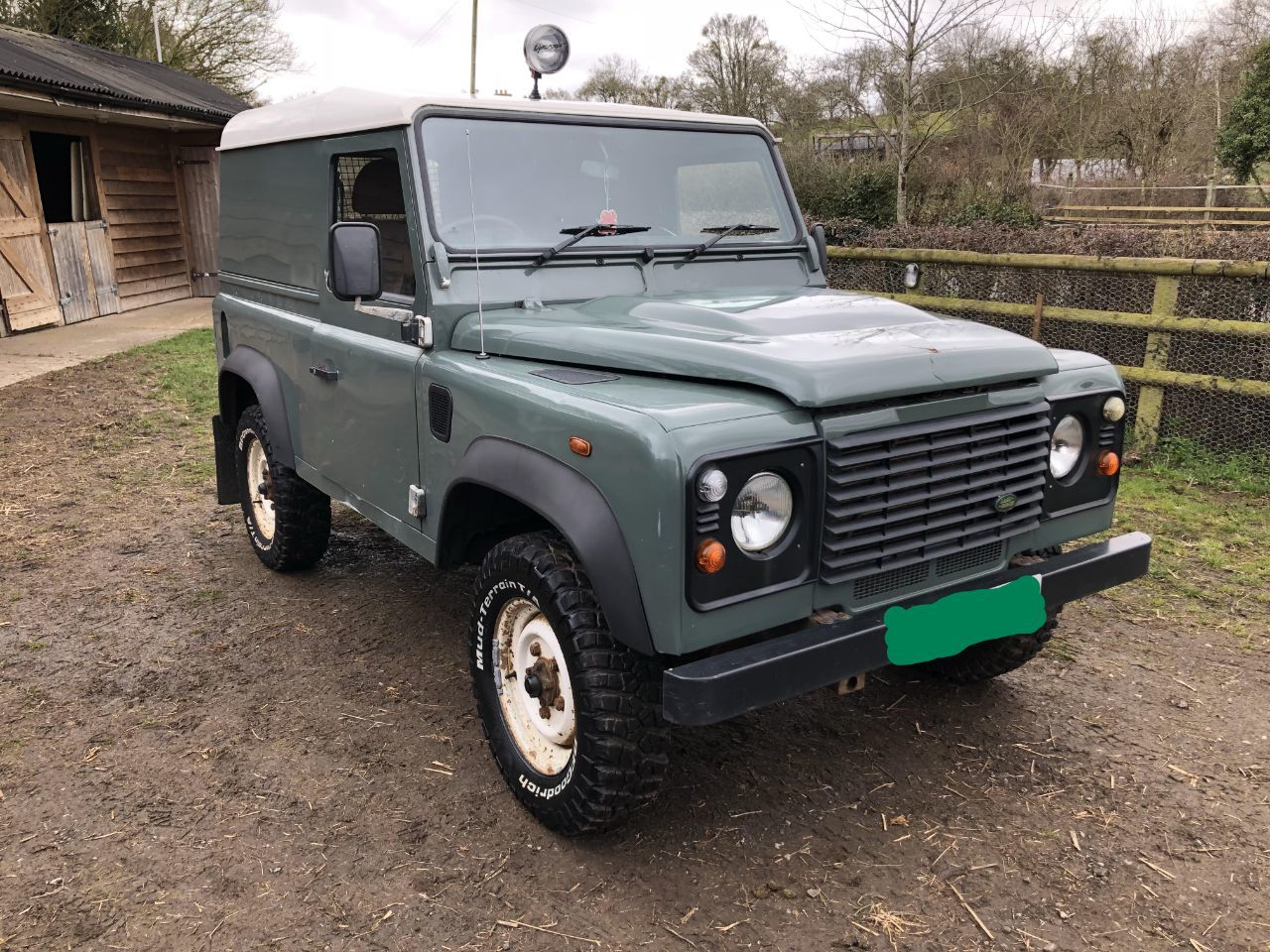 Land Rover Defender 2.4 Hard Top TDCi Four Wheel Drive Diesel Green