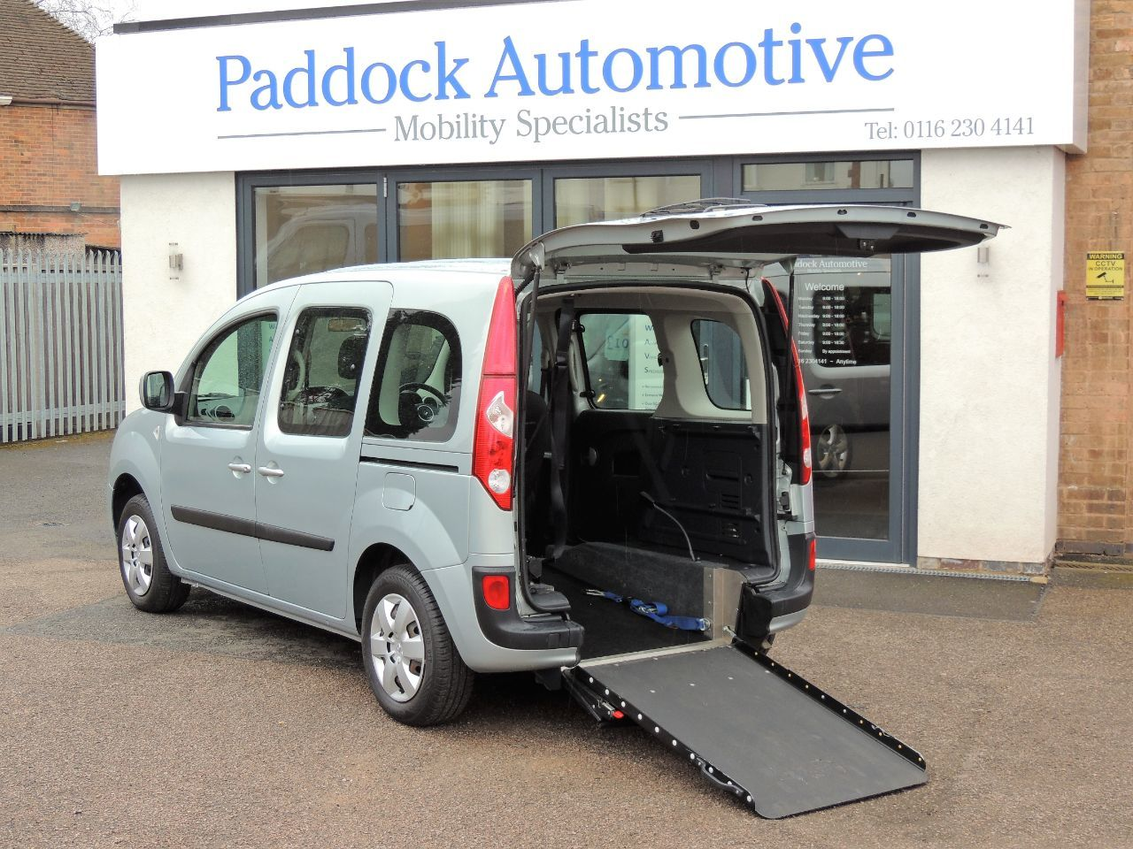 Renault Kangoo 1.6 Expression Auto Disabled Wheelchair Adapted Vehicle WAV Wheelchair Adapted Petrol Grey Mica