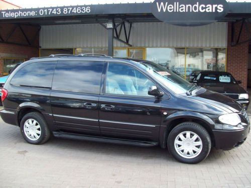 Chrysler Grand Voyager 2.8 CRD Limited XS 5dr Auto Diesel 7 Seat, Rear Entertainment, Full Leather, 1 Owner Only, F/S/H Estate Diesel Black at Welland Cars Shrewsbury