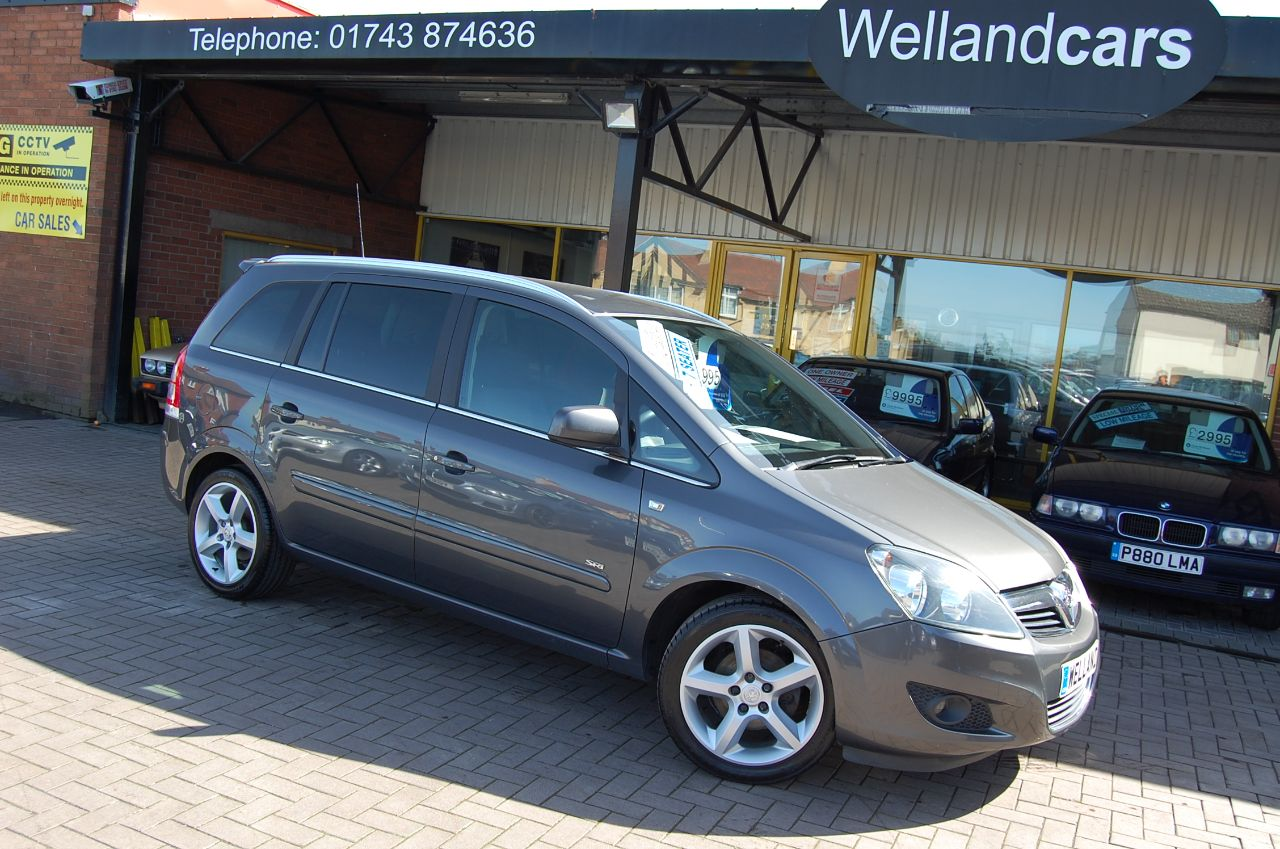 Vauxhall Zafira 1.8i SRi 5dr 7 Seater  Cd Stereo system  Hands Free Phone Kit MPV Petrol Grey at Welland Cars Shrewsbury